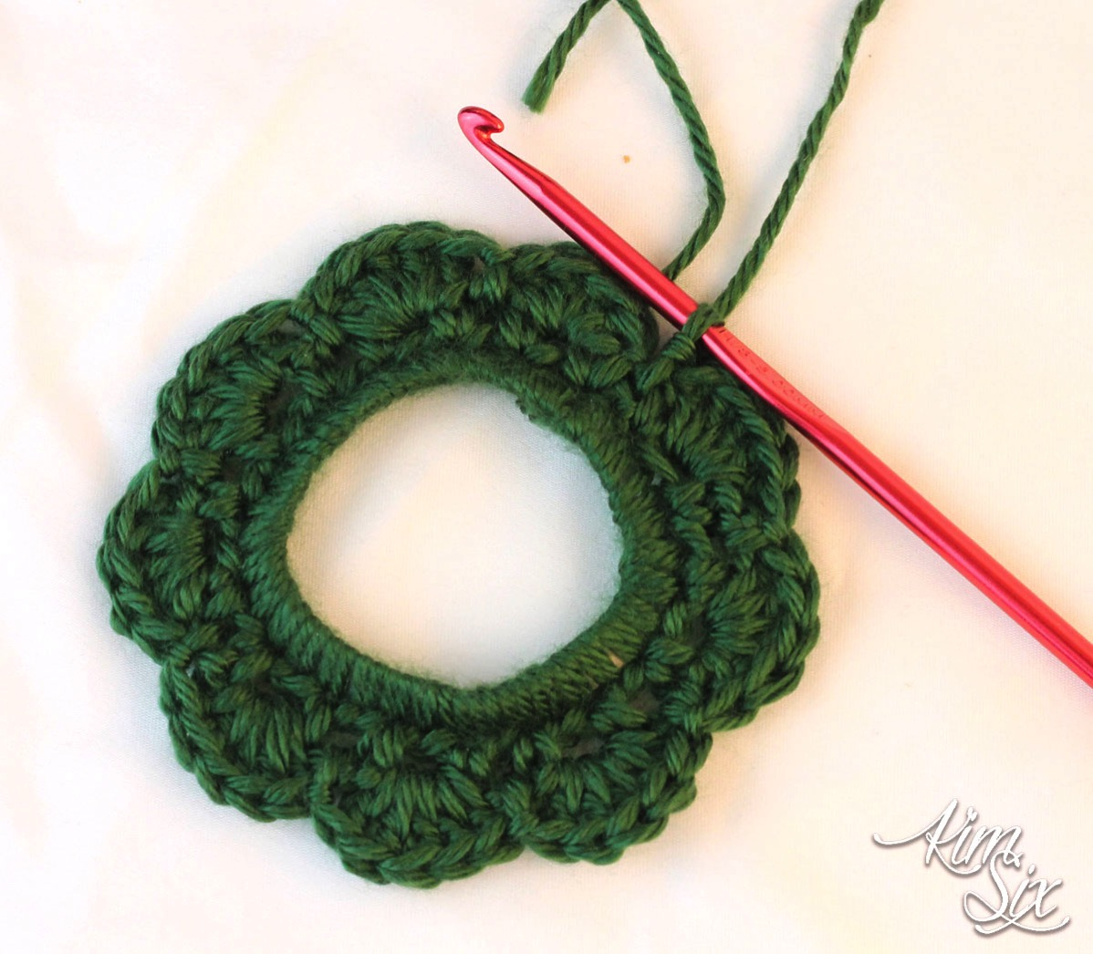 Crochet wreath on plastic 6 pack ring