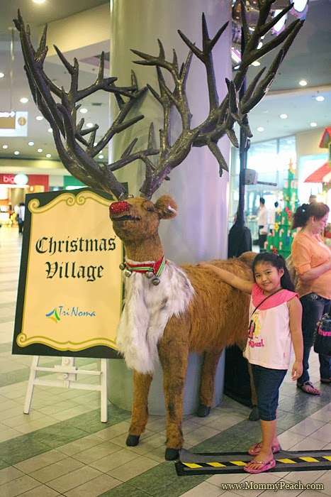 Trinoma Christmas Village 2013 | www.mommypeach.com