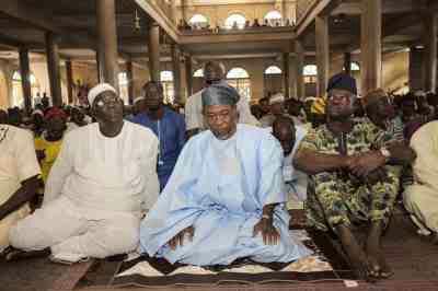 PHOTOS: Gov. Aregbesola At Jummat Prayer