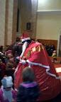 Sv. Mikuláš nadeľuje