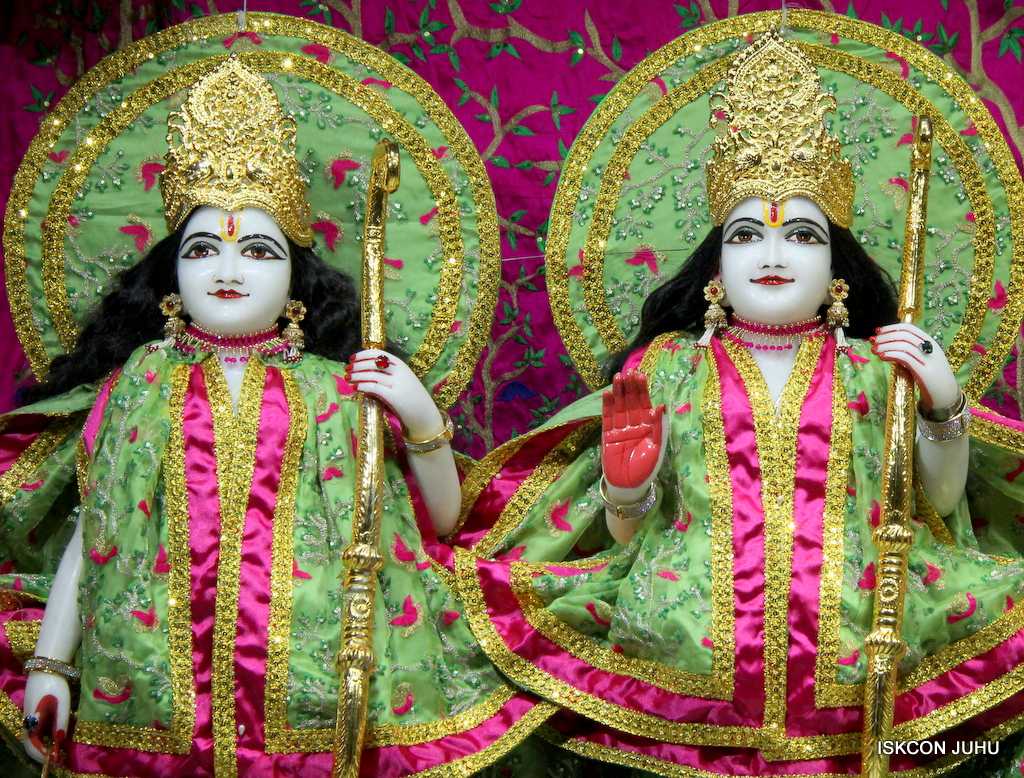 ISKCON Juhu Mangal Deity Darshan on 19th Nov 2016 (14)