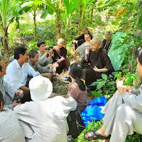 [DCQD-1502] Thăm lại Hòn Sơn (chính thức) : 2- Nghỉ chân và thọ thực (trưa 29/05/2012)