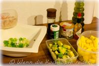 weihnachten-garnelen-mango-avocado-im-glaeschen