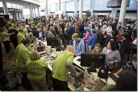 RootsTech 2015 registration lines