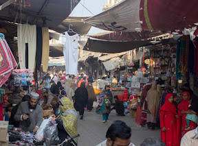 Busy life in Main Bazaar, Bahawalpur
