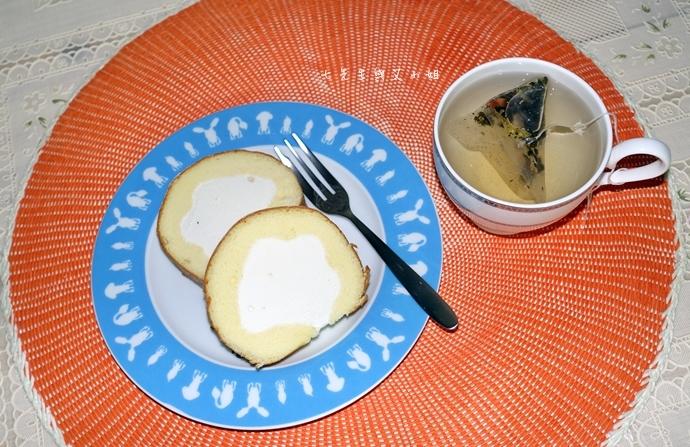 22 法國的秘密甜點諾曼地牛奶蛋糕北海道生淇淋捲森林莓果佐起士