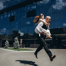 Свадебный фотограф Евгения Сова (pushistayasova). Фотография от 23.07.2019