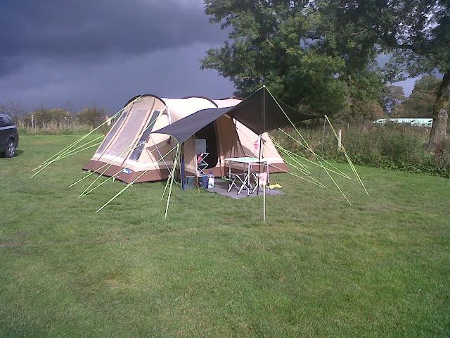 Tarp Canopy Ukcampsite Co Uk Camping And Caravanning