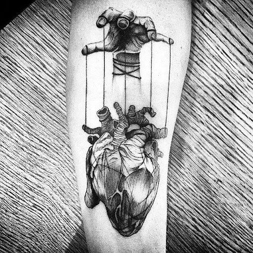 A mao e o coracao de tatuagens de desenhos ideias para o interior do antebraco