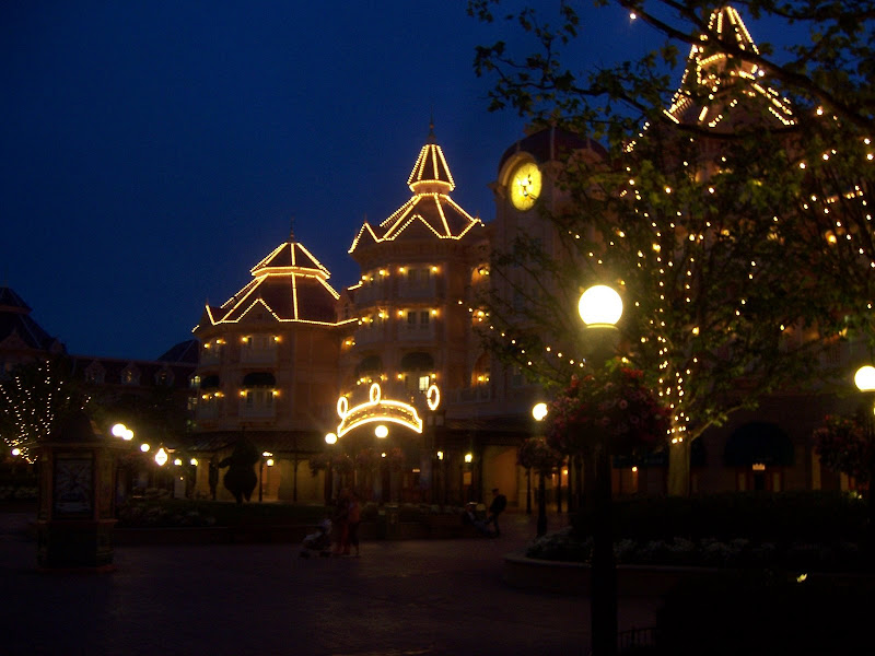 Disneyland, Paris - 100_3594.JPG