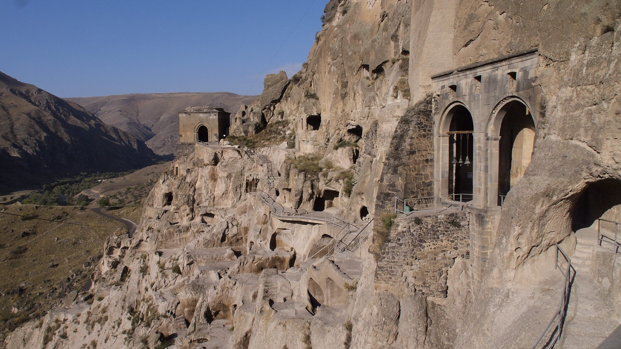 The 2 arch portica of the chapel inside Vardzia