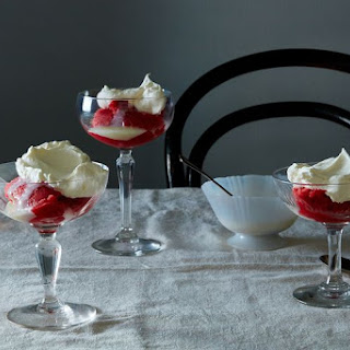 Strawberry Ice with Condensed Milk and Whipped Cream.
