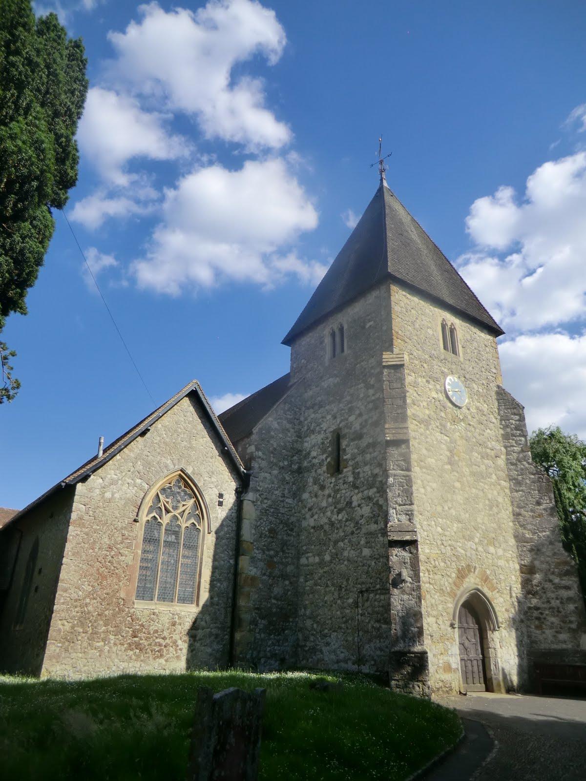 CIMG2004 St Mary's church, Hadlow