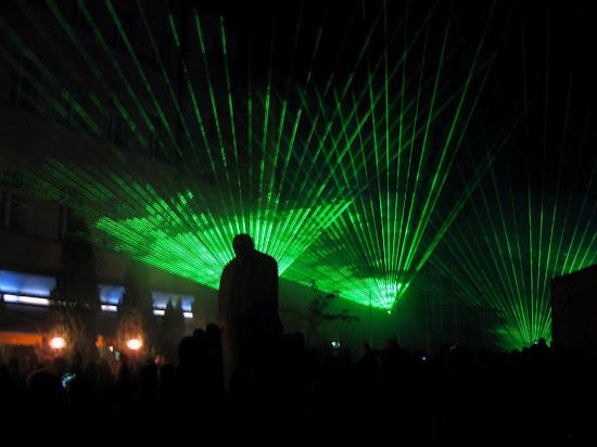 pokazy laserów na light move festival łódź