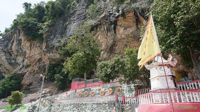 山洞观音庙