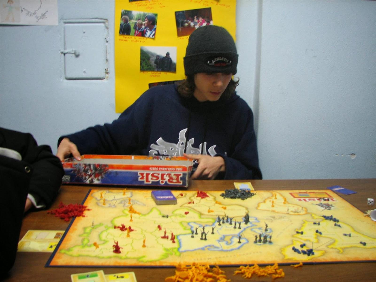 Večer družabnih iger, Ilirska Bistrica 2006 - vecer%2Bdruzabnih%2Biger%2B06%2B023.jpg