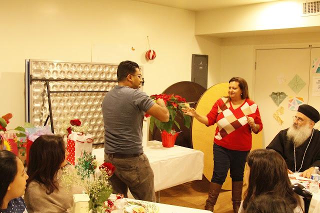 Servants Christmas Gift Exchange - _MG_0840.JPG