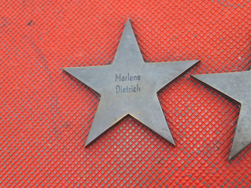 Estrella, Marlene-Dietrich-Platz, Potsdamer Platz, Berlín, Elisa N, Blog de Viajes, Lifestyle, Travel
