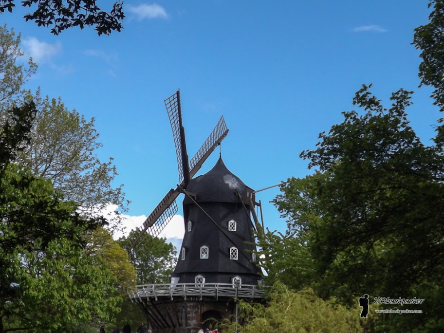 Slottstradgarden i Slotsparken su glavni gradski parkovi (iako ih ima više i svi su podjednako lijepi). Vjetrenjača je izgrađena početkom stoljeća tijekom velike izložbe u gradu.