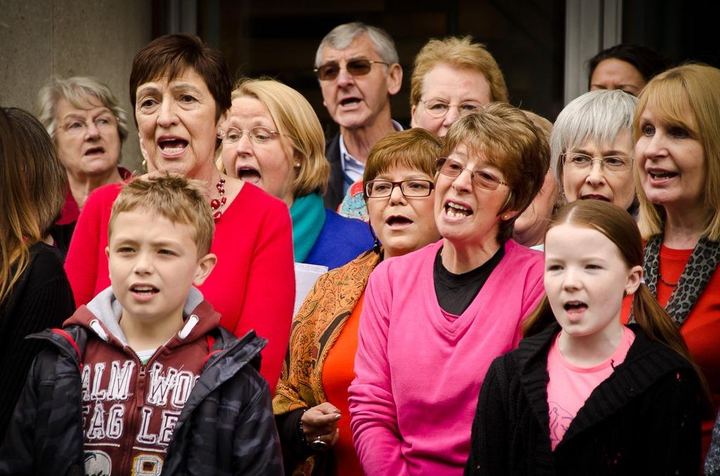 [community-choir.jpg]