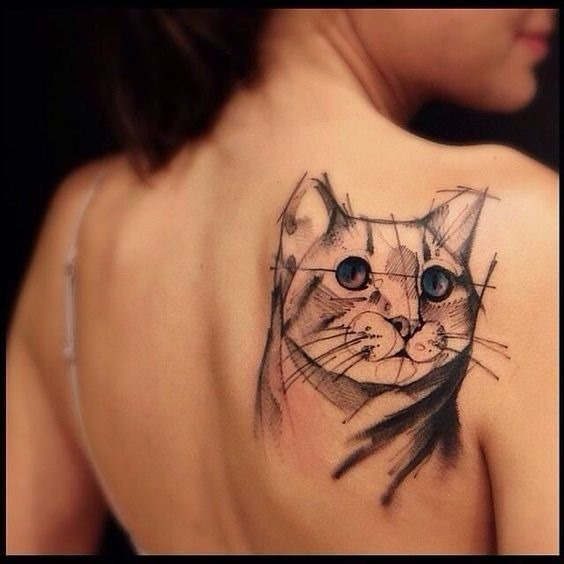 olhos_azuis_gato_ombro_tatuagem