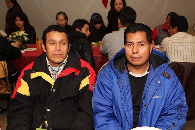 OLOS Navidad 2010 con Amigos Migrantes - IMG_9828.JPG