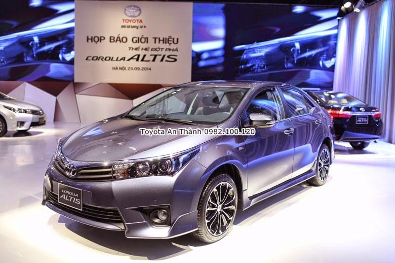 Khuyến Mãi Giảm Giá Xe Toyota Altis 2015 Mới Màu Ghi Ánh Xanh
