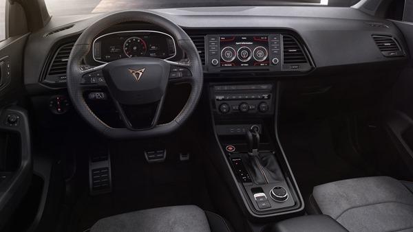 Seat-Ateca_Cupra-interior
