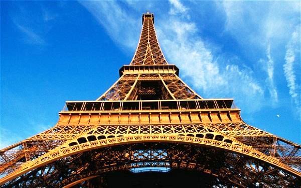 """Quá trình hình thành tháp Eiffel – công trình từng bị gọi là """"vô dụng và gớm ghiếc"""""""