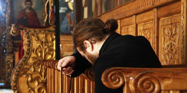 ΤΑ ΛΟΓΙΑ ΤΟΥ ΑΕΡΑ: Να γονατίζεις και να λες: Κράτα με Χριστέ μου μη σου φύγω!Γέρων  Ιωήλ Γιαννακόπουλος