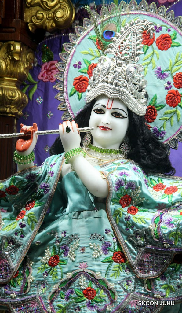 ISKCON Juhu Mangal Deity Darshan on 24th June 2016 (19)