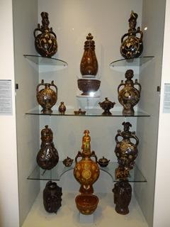 2016.08.07-035 poteries ornées du Cotentin au musée de Normandie