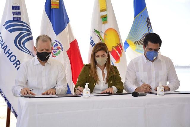 Gobierno, BID y ASONAHORES acuerdan rescate de 35 playas; crean fondo de US$11.8 MM para mitigar