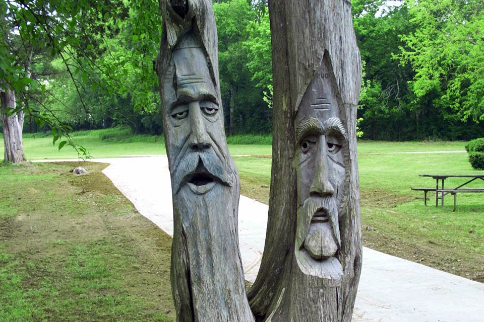orr-park-tree-carvings-3