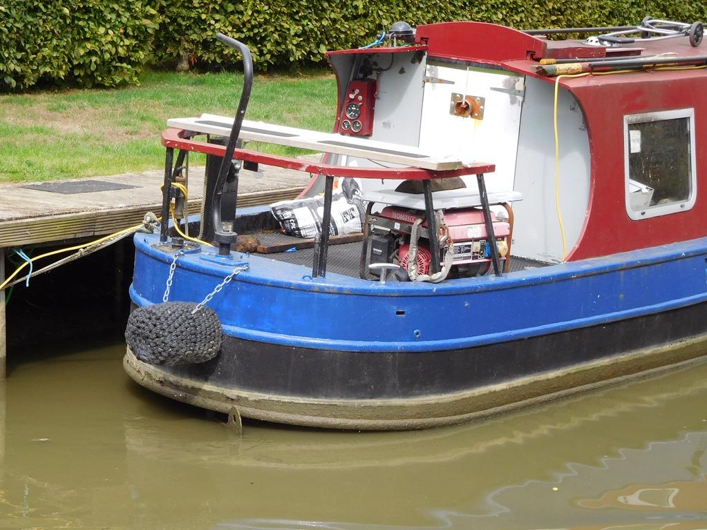 [5+aground+even+worse+at+twyford+wharf%5B5%5D]