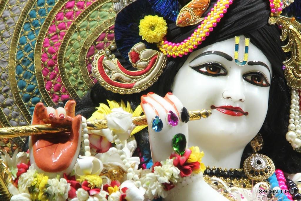 ISKCON Juhu Sringar Deity Darshan on 28th May 2016 (3)