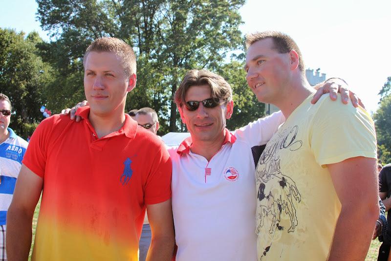 PiknikStatenIsland2010Arm Wrestling winners2
