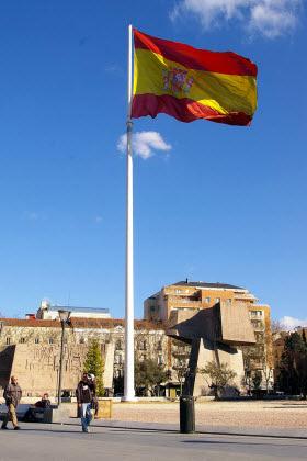 La Bandera De España En Colón Es Por Madrid