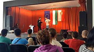 Bűvészműsor Bugyi trükk Jákó Falunap Nagy Jonathan