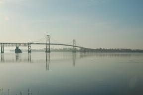 Это мост в США где-то возле шоссе 401 в сторону Монреаля