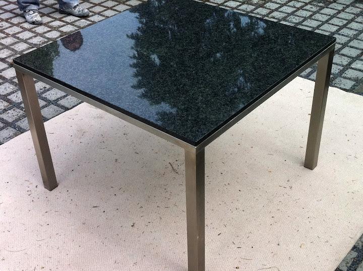 Naturstein granit wohnzimmertisch esstisch gartentisch for Naturstein esstisch