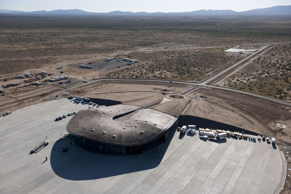 Virgin Galactic Gateway to Space, New Mexico / USA design by Foster and Partners
