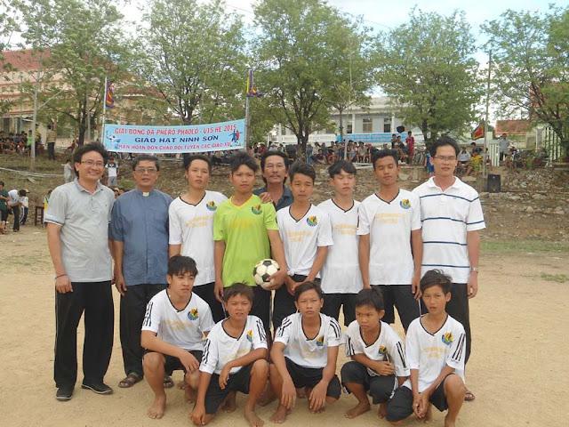 Giải bóng đá U15 Giáo Hạt Ninh Sơn mừng Lễ Hai Thánh Tông Đồ Phêrô Phaolô