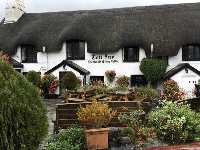 01 Cott Inn, Dartington, Outside