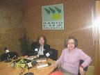 Fotos de Isabel Oliver y Amparo Bonet en Radio Escavia. 2011