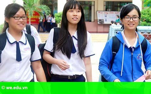 Hình 1: Đề thi thử THPT quốc gia ở TP HCM vừa sức học sinh