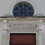 """Eglise Saint-Georges : fronton """"Temple de la Raison"""""""