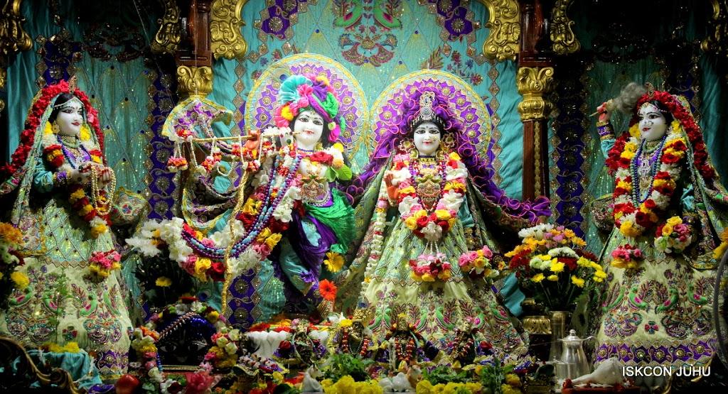ISKCON Juhu Sringar Deity Darshan on 24th July 2016 (1)