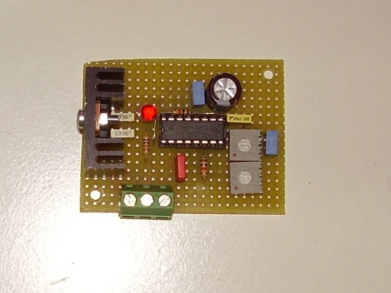 Schema Elettrico Regolatore Di Carica Per Pannelli Solari : Ricarica cilidriche fai da te offgrid