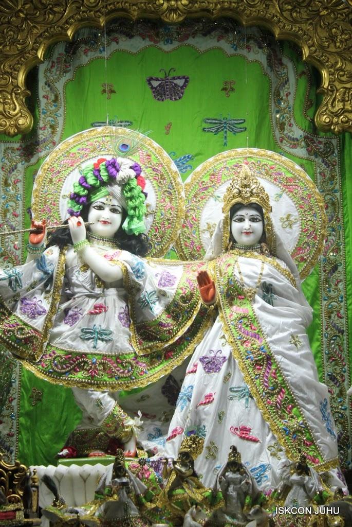 ISKCON Juhu Mangal Deity Darshan on 26th June 2016 (23)